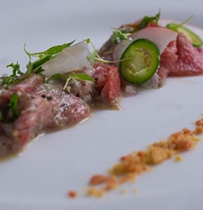 Photography recipe Beef tartar with sesame